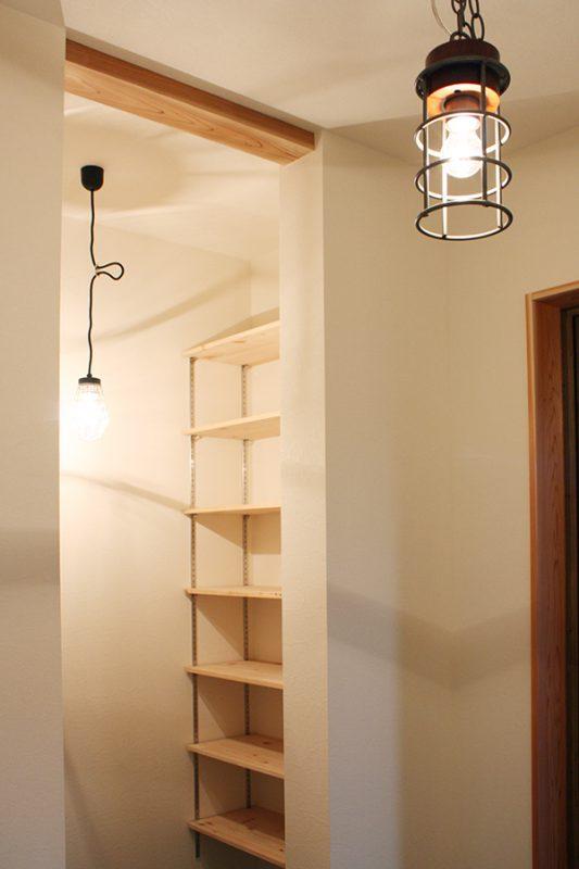 「事例で紹介する、出し入れのしやすい収納の設け方」